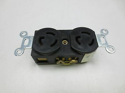 Pass & Seymour 15A 277V Turnlok Receptacle Double Outlet