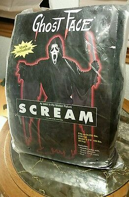 Halloween Fun World Easter Unlimited Scream Ghost Face Mask & Robe Costume 1997