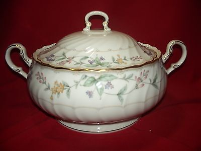 Noritake Brookhollow Round COVERED Vegetable Bowl  NEW     FREE SHIPPING