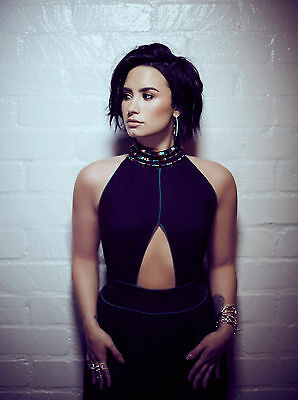 Demi Lovato Poster (A) - Various Sizes + A Free Surprise A3 Poster