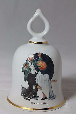 The Danbury Mint - Trick Or Treat - Bell - Norman Rockwell