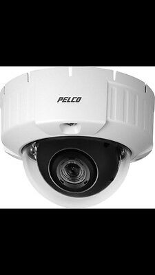 Pelco IS50-DWSV8F Outdoor High Res Flush Mount Day/Night WDR Dome Camera **NIB**