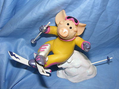 Piggin Pig On The Piste 14185 Collectable Pig Figurine Present Skiing NEW
