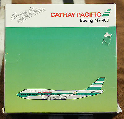 Model – Schabak 1:500 - Ref.No. 821/50 Boeing 747-400 Cathay Pacific