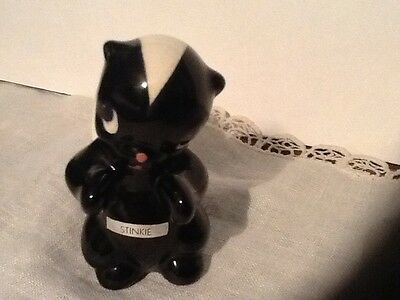 Another Skunk*** Stinkie Figurine**foil Label* Delee California Pottery Vintage