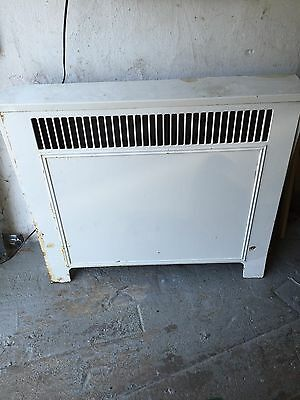 Antique Vintage Hot Water Radiator / Convector.