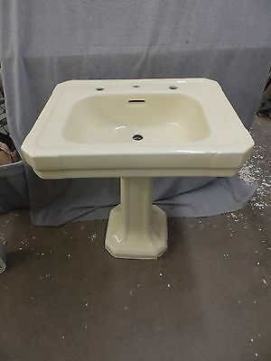 Antique Pale Yellow Porcelain Ceramic Pedestal Bathroom Sink Standard 1736-16