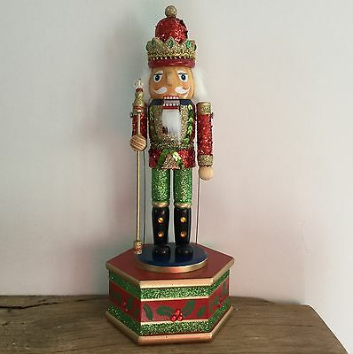 Mechanical Nutcracker Old Fashioned Moving Wooden Gisela Graham Toy Music box