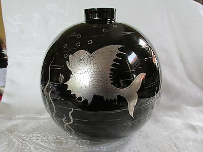 Large Vintage Art Deco Glass Vase Black with Silver Fish Underwater Scene
