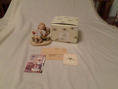 """Enesco Memories Of Yesterday """"god Bless Our Future""""  Mib"""