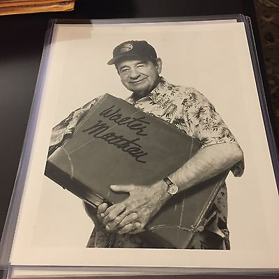 WALTER MATTHAU Signed 8x10 Photo AUTO Autograph (d. 2003)