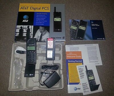 Ericsson LX700 NEW BOXED BNIB Vintage Mobile Flip Phone RARE Collectors Analogue