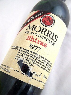 1977 MORRIS Shiraz A Low Shoulder Isle of Wine