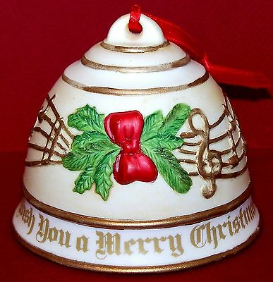 """1992 ROMAN Inc Musical China Bell """"WE WISH YOU A MERRY CHRISTMAS"""" Ornament 3x3½"""""""