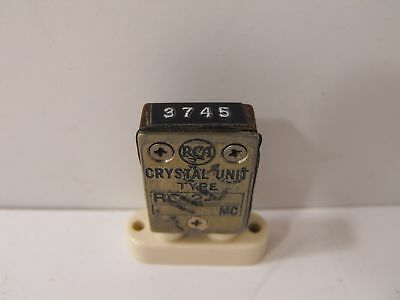 (1) RCA 3745 KHz / 3.745 MHz FT-243 Crystal for 80 Meters Ham Radio