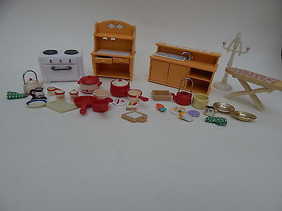 Sylvanian Families Kitchen Set And Accessories