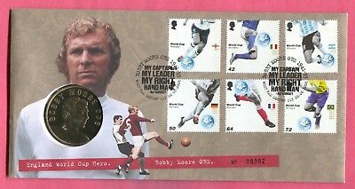 Great Britain Royal Mint 2006 Fdc Coin/medal Type Cover Bobby Moore Soccer