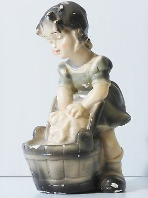 Plaster Small Fille en Gaiters and in Washtub Trinket 1960 1970 Vintage 60s 70s