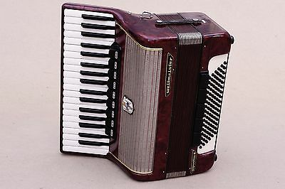 Very Nice German Accordion Weltmeister Gigantilli 96 bass Including Case