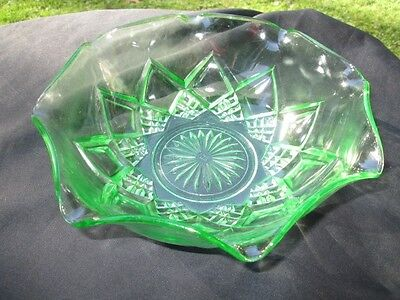 Fancy Radiant Green Hazel-Atlas Depression Glass Potato Salad Vegetable Bowl