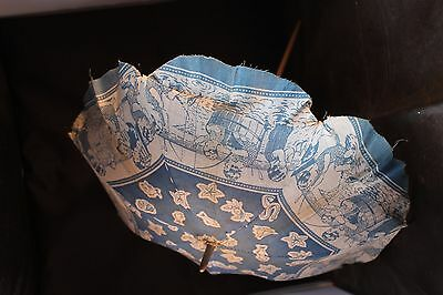 Vintage childs parasol. Excellent original condition c1950 Seaside scenes