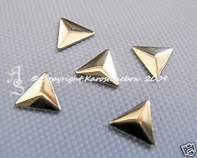50 Hotfix Metal Mould Triangle Gold 6mm to iron on Nailheads Karostonebox