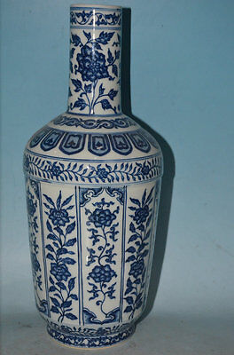 A Large and Rare Chinese Qing qianlong Style Blue and White Temple Vases