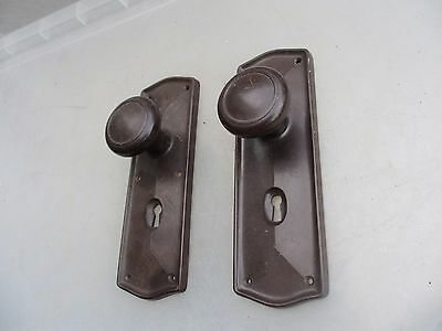 Retro Plastic Door Knobs Handles Backing Plate Brown Late Vintage Keyhole Old