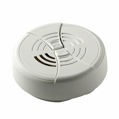 First Alert FG250B Dual Ionization Smoke Alarm with 9-volt Battery