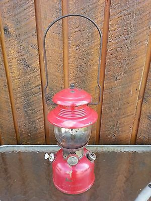 OLD  RED Coleman Lantern 200 Dated 11-60 1960 CANADA