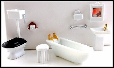 "MINIATURE BATHROOM SET 8 pc. 1/4"" Scale 1:48 for DOLLHOUSE/SHADOW BOXES Plastic"