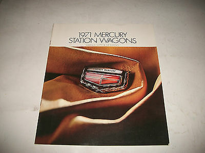 1971 Mercury Station Wagons Sales Brochure Marquis Meteor Montego Cdn Issue