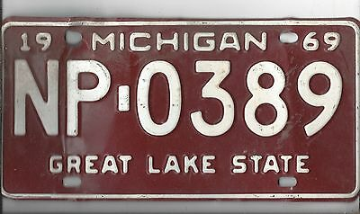 Vintage 1969 MICHIGAN CAR  license plate NP-0389 THE AMON CARTER COLLECTION