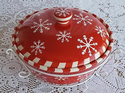 Temptations by Tara Snowflake 2 Quart Covered Baker with Carry Case Tote Holiday