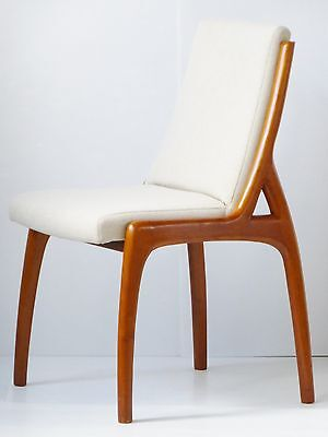 Superb Chair Scandinavian 1980 Cherry Wood Solid Vintage 80S Danish Skin