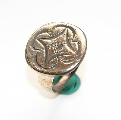 Ancient Bronze Finger Pseudo-Heraldry Seal Ring (MCR01)