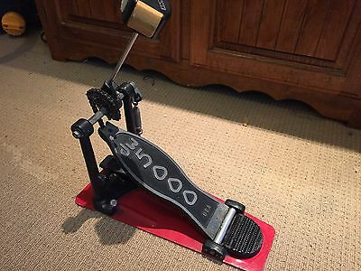 DW 5000 Single Kick Drum Pedal. Made in USA. Very Good Condition. RRP $320+ !!