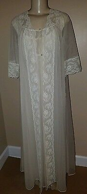 Vintage Shadowline Ivory Pegnoir Bridal Nightgown and Robe Size Small