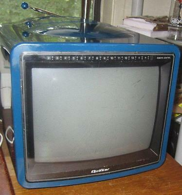 BLUE Quasar 1986 Vintage TV Color CRT Television TP2156L
