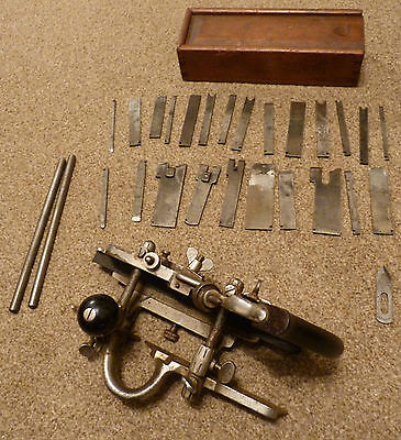 Combination Plough Plane Stanley No.45 with 24 blades in wooden box Made in USA