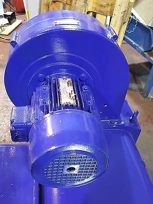 0.37kW Electric Motor 3-Phase 1390RPM 4-Pole LS71 B14 Face Mounted 415v LEROY