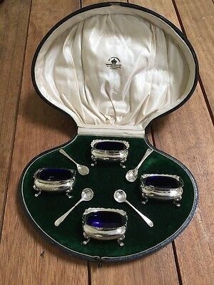 Mappin & Webb Solid Silver Cased Salts Circa 1919