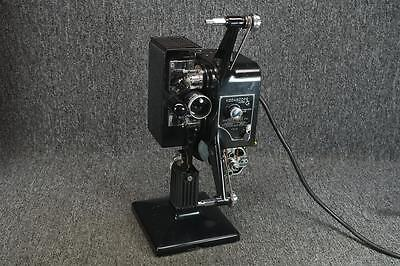 Vintage Kodascope Projector With Snap Lock Carrying Case