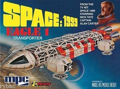 Space 1999 Eagle-1 Transporter 1/72 Scale Model Kit - New/sealed