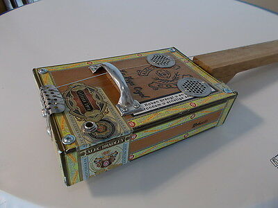 """cigarbox guitar electro-acoustic """"Bradley Coyol slide lapsteel traditional style"""