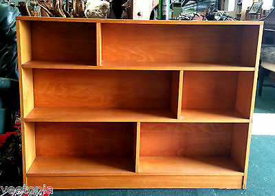 late 1960s shelves  display unit - good cond - shabby chic - vintage retro