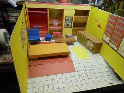 Vintage Barbie Dream House # 816 Mattel 1962 Cardboard W /furnishings  No Res