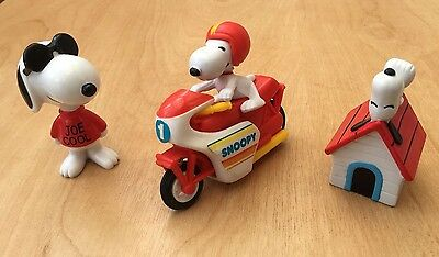 Vintage Collectible Snoopy Figures ( United Feature Syndicate)  1972