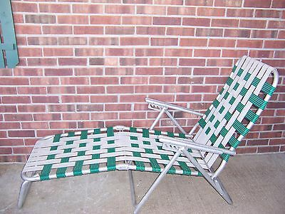 Vintage retro aluminum folding webbed chaise lounge lawn for Aluminum web chaise lounge