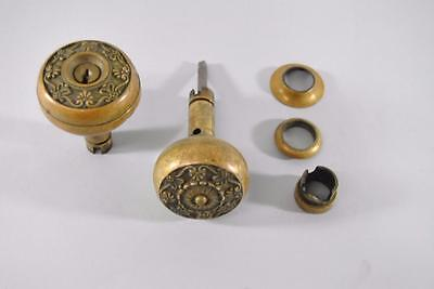 Antique Brass Victorian Door Knobs With Plates